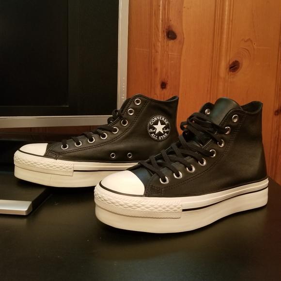 Converse Chuck Taylor Platform Hi Leather Size 8.5